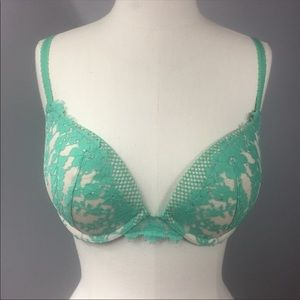 Victoria's Secret Intimates & Sleepwear - Victoria's Secret Bra 34D